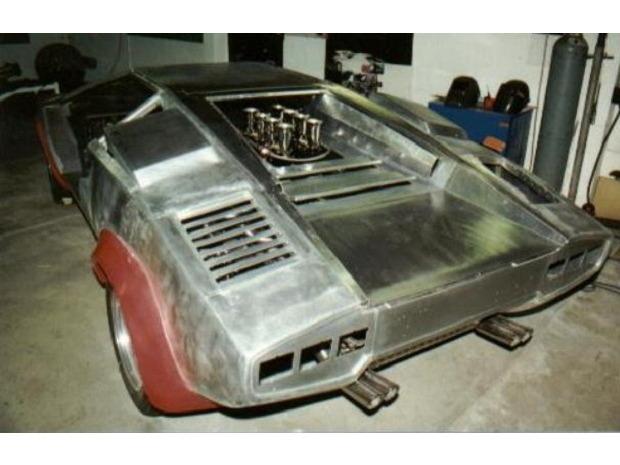 Американец за 17 лет собрал у себя в подвале реплику Lamborghini Countach. Изображение № 10.