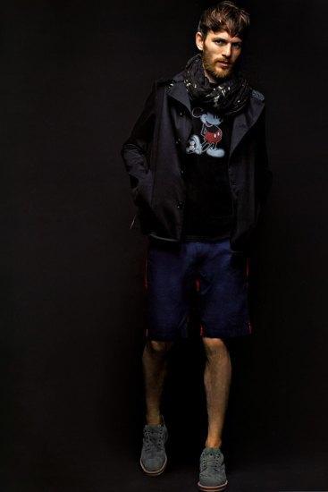 Марка Sophnet выпустила лукбук весенней коллекции одежды. Изображение № 2.