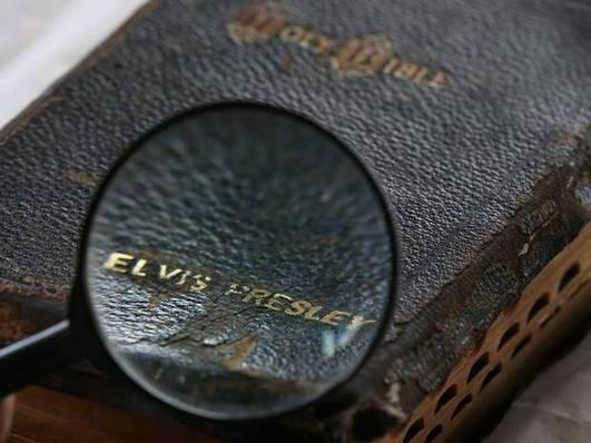 Библию Элвиса Пресли продали на аукционе за 59 тысяч фунтов. Изображение № 5.