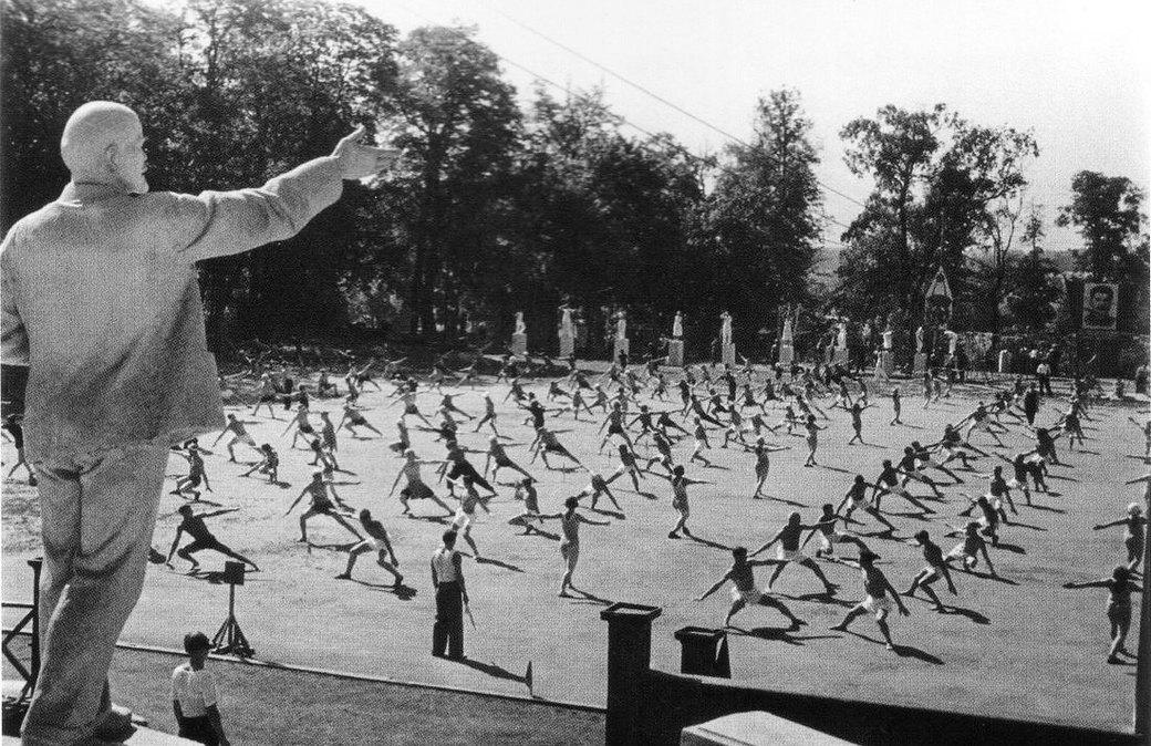 Готов к труду и обороне: Нормативы физической подготовки в СССР. Изображение № 4.