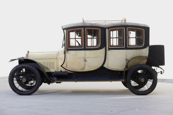 Старейший в мире спорткар выставлен на продажу. Изображение № 2.