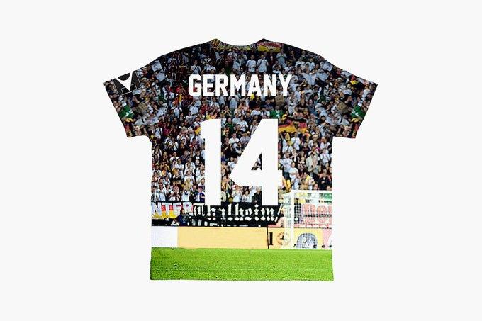 Марка Eleven Paris к чемпионату мира по футболу представила коллекцию футболок. Изображение № 10.