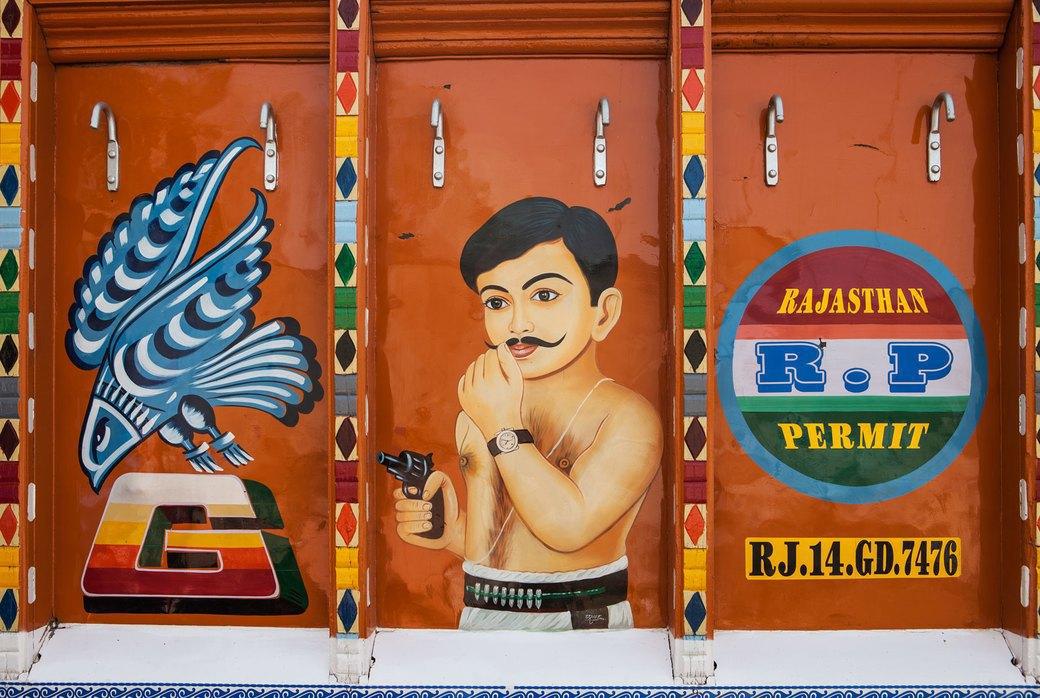 Я и друг мой грузовик: Индийские дальнобойщики и их автомобили. Изображение № 31.