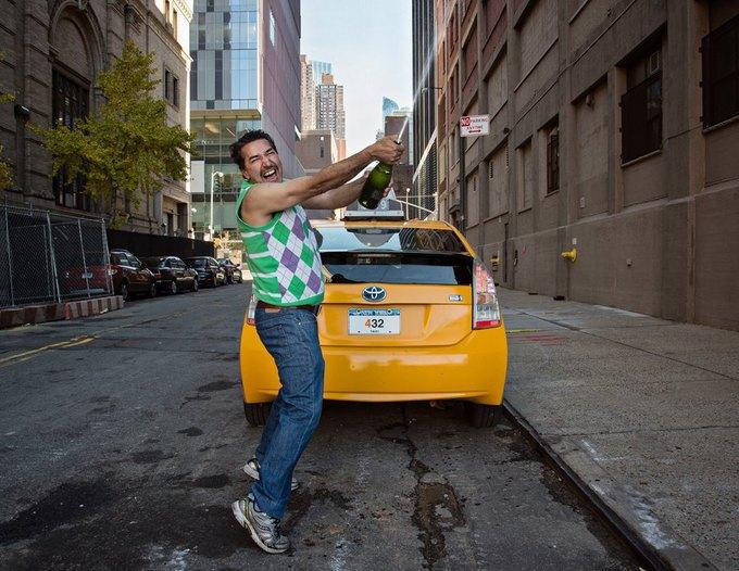 Таксисты Нью-Йорка выпустили благотворительный календарь. Изображение № 2.