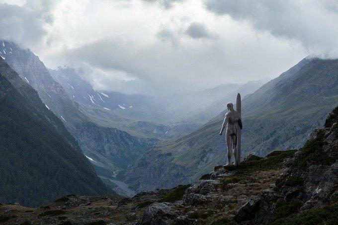 Одиночество — скука: Одинокие супергерои во французских Альпах. Изображение № 6.