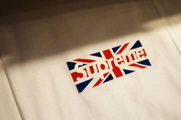 Две новые коллекции обуви Supreme и открытие магазина в Лондоне. Изображение № 2.