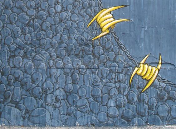 Уличный художник Blu представил новую работу в Марокко. Изображение № 7.