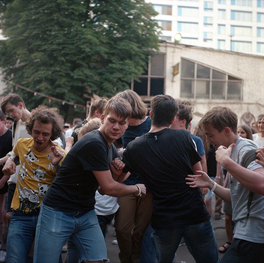 Фоторепортаж: Фестиваль «Боль» . Изображение № 1.