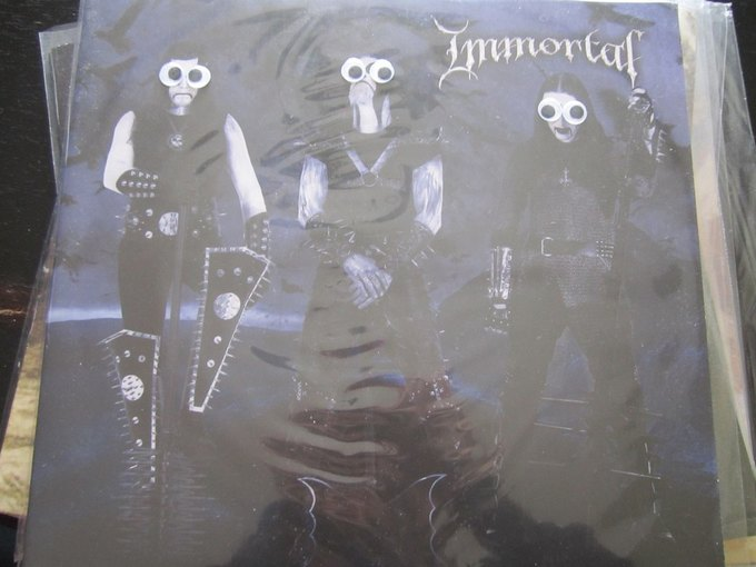 Metal Albums with Googly Eyes: Блог смешного кастомайзинга альбомов тяжёлой музыки. Изображение № 13.