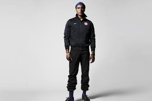 Nike Sportswear выпустили лукбук осенней коллекции одежды. Изображение № 8.
