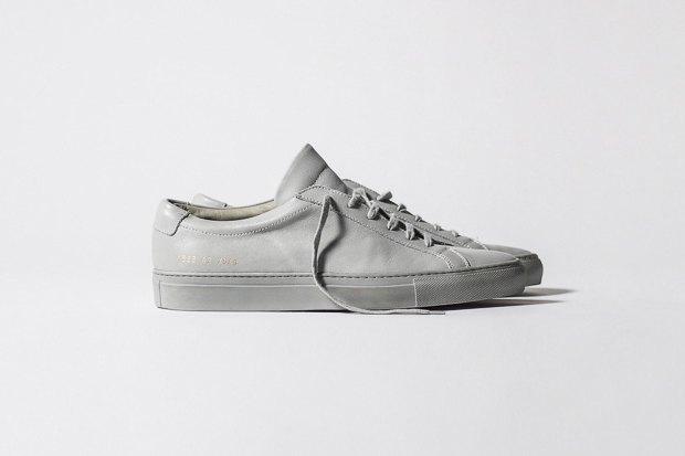 Марка Common Projects опубликовала лукбук осенне-летней коллекции обуви. Изображение № 2.