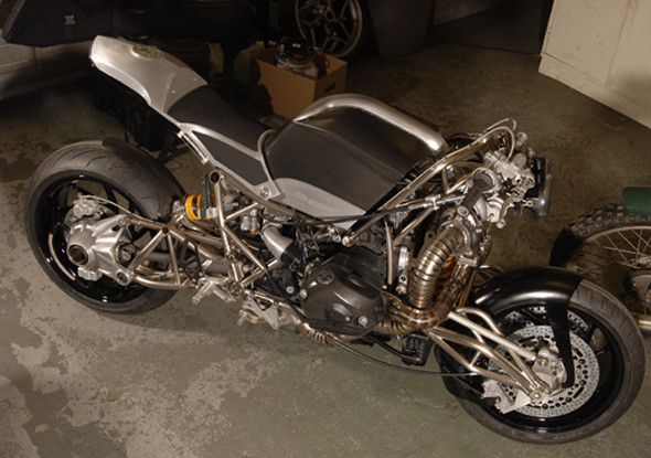 Топ-гир: 10 лучших кастомных мотоциклов 2011 года. Изображение № 39.