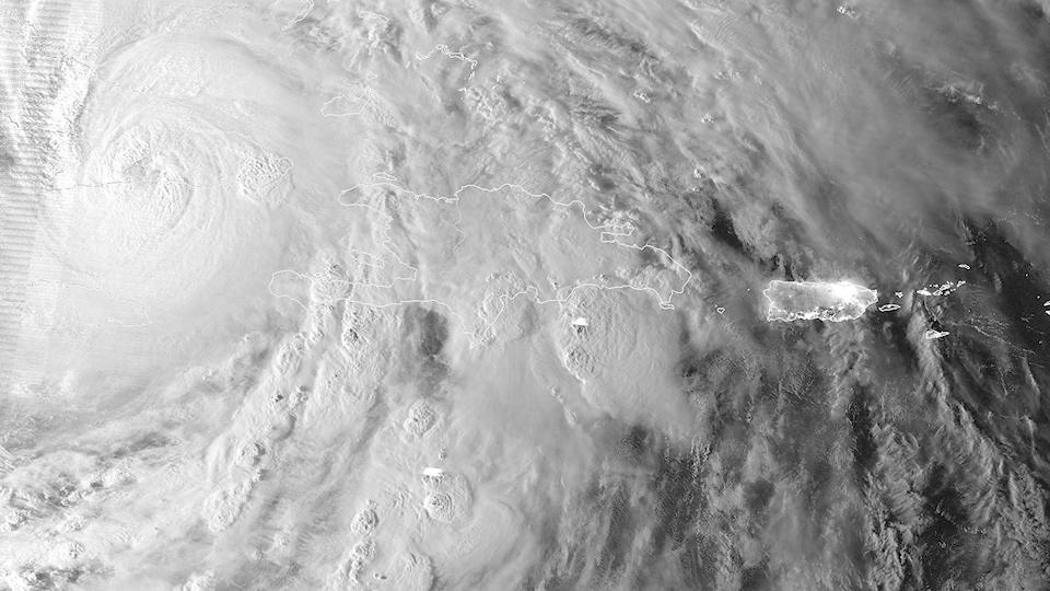 Фотографии урагана Сэнди, вид из космоса. Изображение № 3.