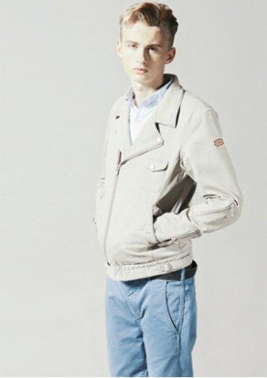 Марка Neighborhood опубликовала лукбук весенней коллекции одежды своей линейки Luker. Изображение № 11.