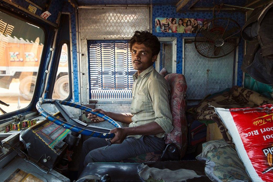 Я и друг мой грузовик: Индийские дальнобойщики и их автомобили. Изображение № 12.