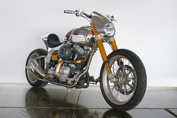 Киану Ривз основал компанию по производству кастомных мотоциклов на базе Harley-Davidson. Изображение № 6.