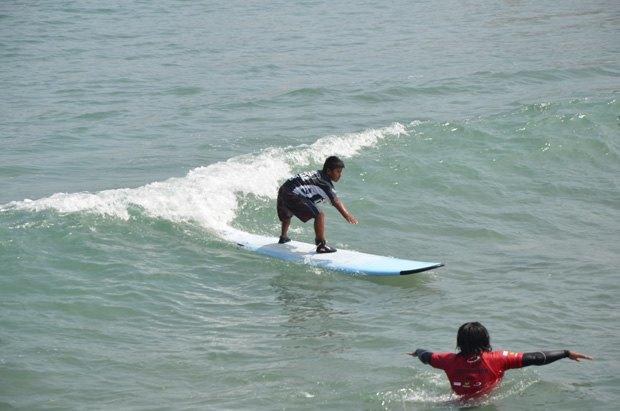 9-летний мальчик-инвалид выиграл одну из самых престижных премий по сёрфингу. Изображение № 1.