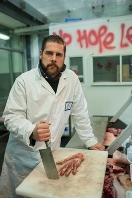 В Лондоне открылся магазин, торгующий «человеческим» мясом. Изображение № 15.