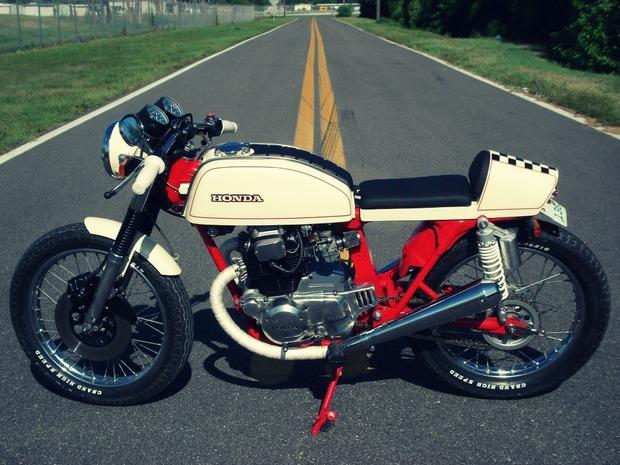 Мастерская Bare Bone Rides выпустила каферейсер на основе Honda CB200T. Изображение № 2.