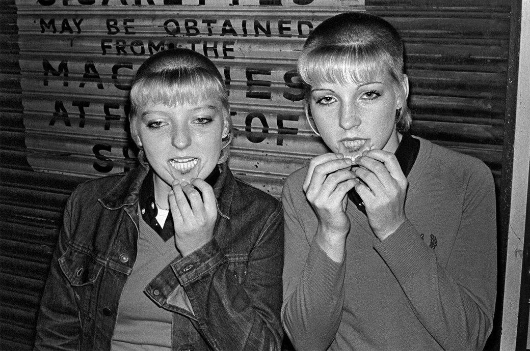 8 знаменитых фотографов, исследовавших мир субкультур. Изображение № 20.