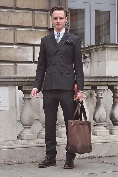 Уличный стиль на неделе моды в Лондоне. Изображение № 31.