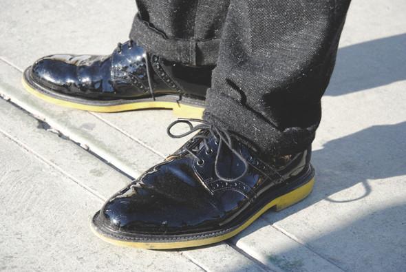 Детали: Репортаж с выставки мужской одежды Pitti Uomo. День первый. Изображение № 40.
