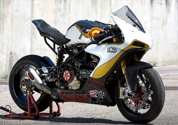 Топ-гир: 10 лучших кастомных мотоциклов 2011 года. Изображение № 44.
