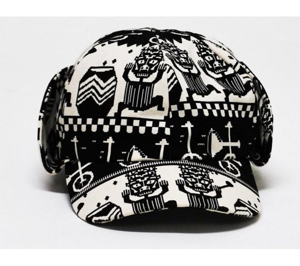 Дизайнер Хенрик Вибсков и Medicom Toy представили совместную коллекцию одежды и аксессуаров. Изображение № 2.