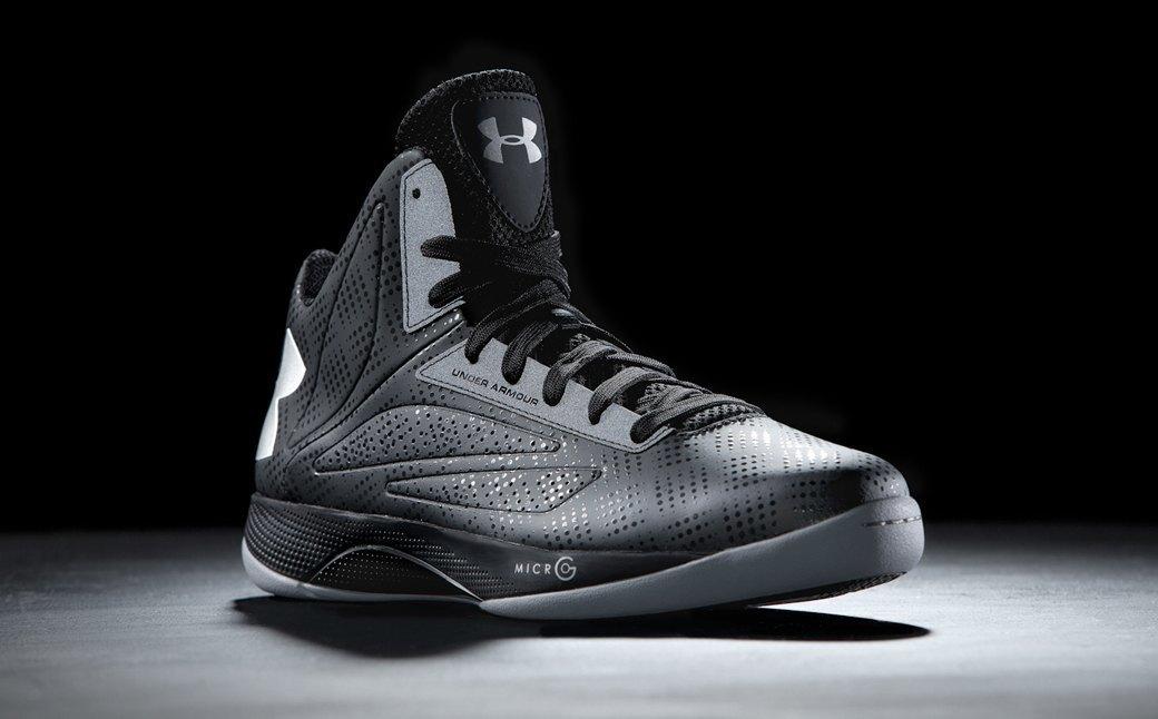 Как марка Under Armour конкурирует с Nike и Adidas на американском рынке. Изображение № 2.