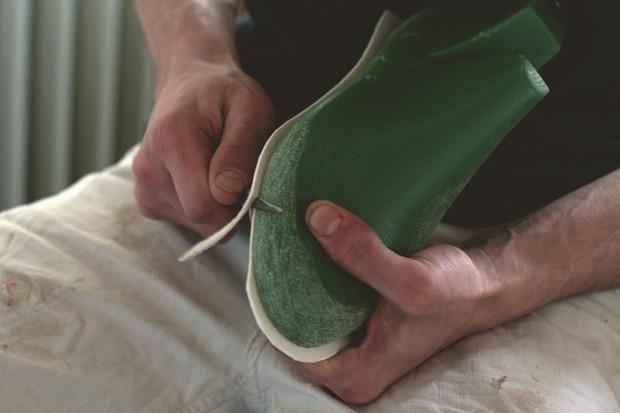Обувь своими руками: Как сделать ботинки мечты в домашних условиях. Изображение № 12.