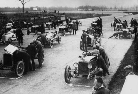 Гран-при: 10 самых страшных аварий на гоночных трассах. Изображение № 2.