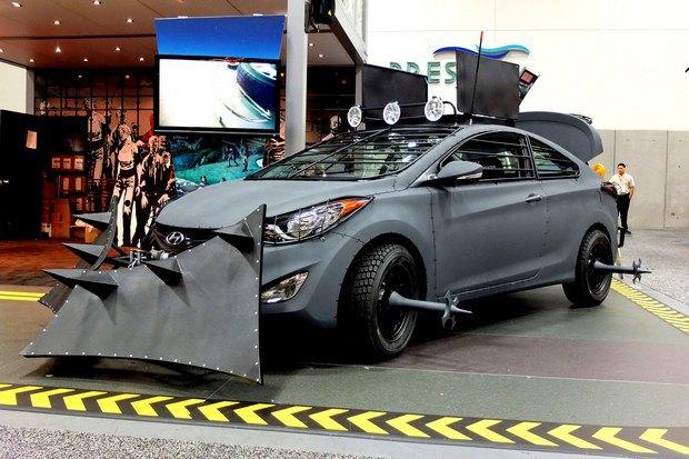 Hyundai создали машину для спасения от зомби. Изображение № 3.