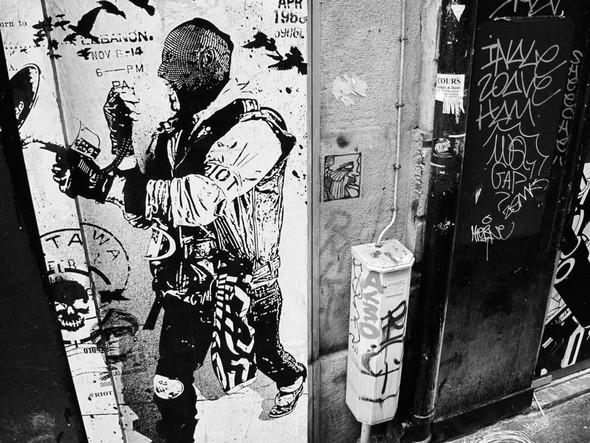 Новая работа уличного художника WK Interact. Изображение № 10.