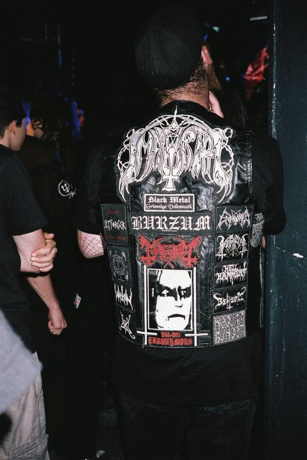 Цельнометаллическая оболочка: Путеводитель по курткам металлистов в формате фоторепортажа. Изображение № 10.