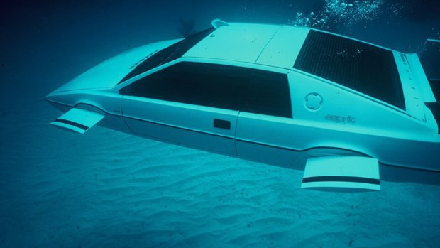 Элон Маск построит копию автомобиля-амфибии Джеймса Бонда. Изображение № 1.