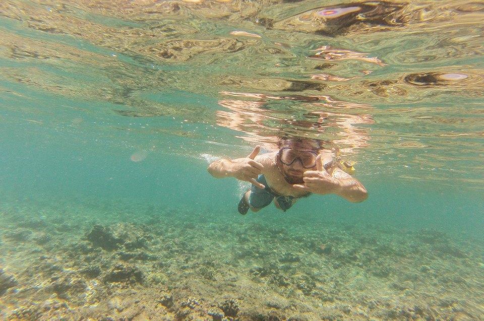 Russia Goes Surfing: Репортаж из серферского лагеря на Мальдивах. Изображение № 25.