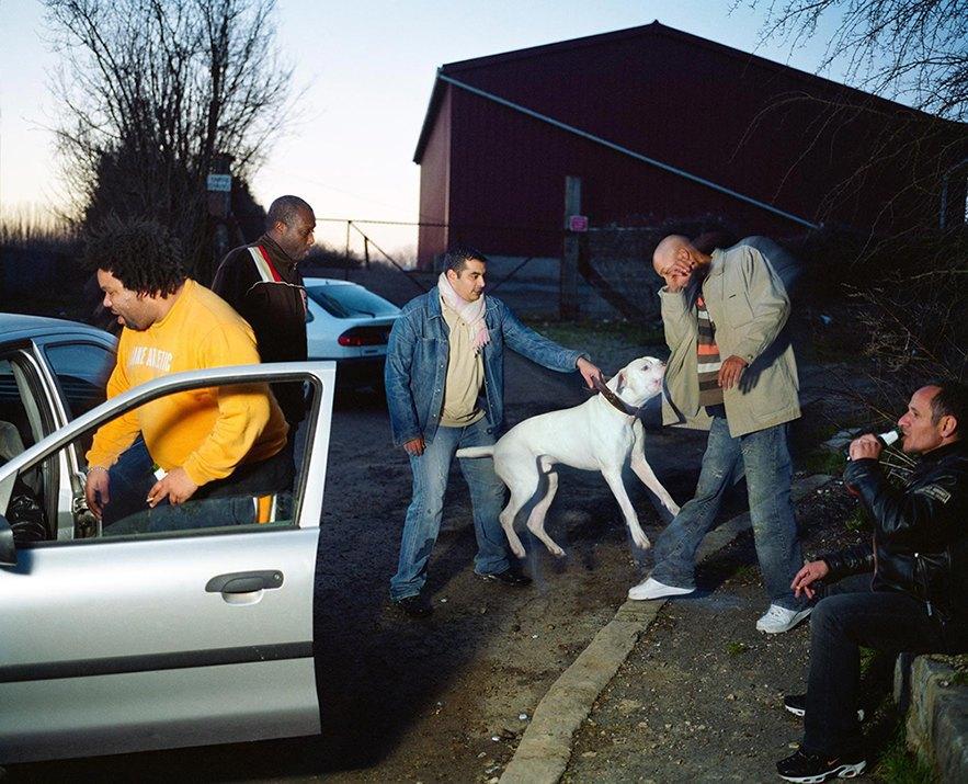 Жизнь обитателей французских окраин в фотопроекте Мохаммеда Борусса. Изображение № 14.