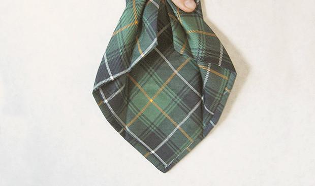 Гид по галстукам: История, строение, виды узлов и рисунков. Изображение № 3.