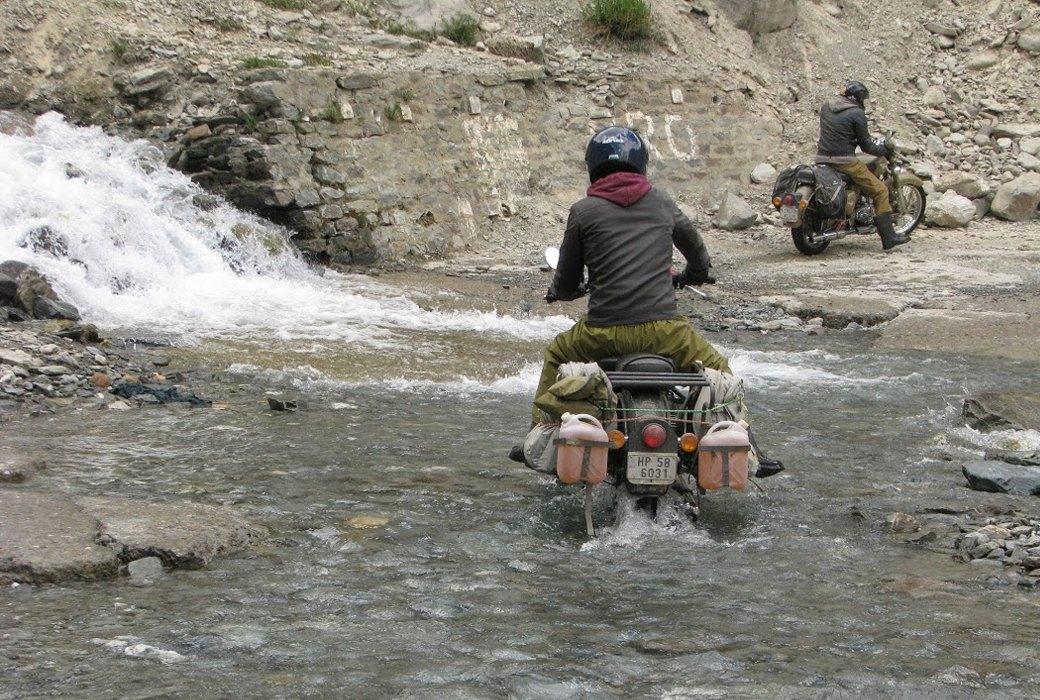 «Я думал, что умер и попал в рай»: Как я поднялся в Гималаи на мотоцикле. Изображение № 5.