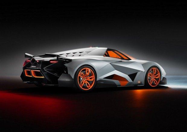Lamborghini представили концепт одноместного суперкара Egoista. Изображение № 3.
