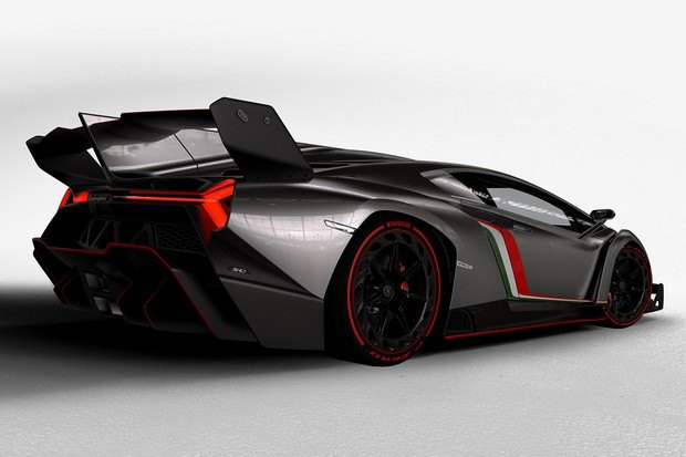 Lamborghini представили юбилейный суперкар Veneno. Изображение № 4.