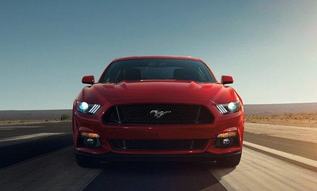 Первый экземпляр обновленного Ford Mustang продадут на аукционе . Изображение № 1.