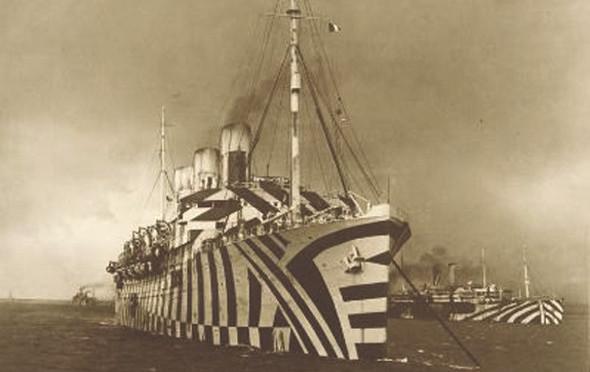 Еще один известный британский лайнер, разукрашенный в Dazzle во времена Первой мировой войны, — RMS Epmpress of Russia. Изображение № 9.
