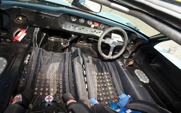 Спорткар Ford GT40 стал самым дорогим американским автомобилем. Изображение № 8.