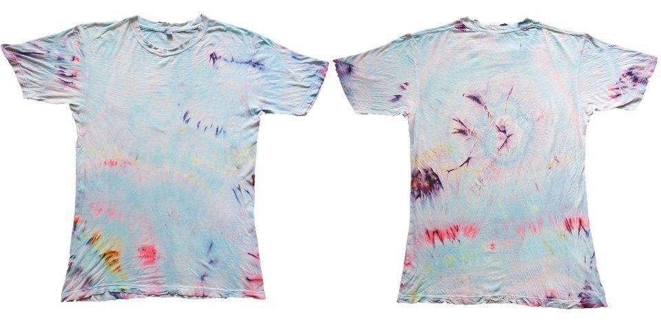 Как покрасить футболку техникой тай-дай. Изображение № 15.