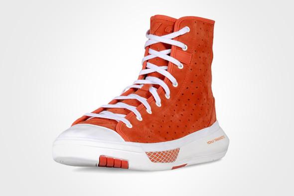 10 самых спорных моделей кроссовок 2011 года. Изображение № 60.