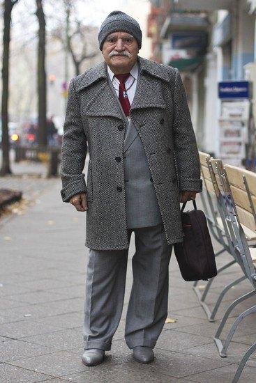 Харизматичный турок Али каждый день демонстрирует новый лук в блоге на Tumblr. Изображение № 9.