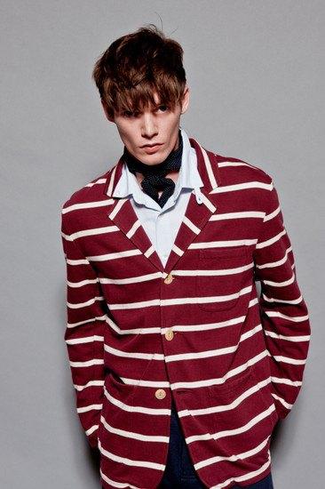 Марка YMC опубликовала лукбук весенней коллекции одежды. Изображение № 2.