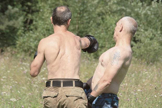 Главное в русском рукопашном бою — обратить силу соперника против него самого. Изображение № 20.