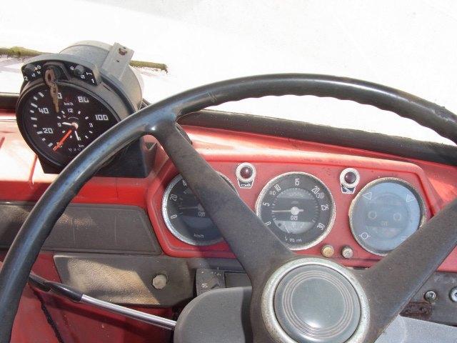 Трейлер для перевозки болидов «Формулы-1» выставлен на продажу. Изображение № 3.